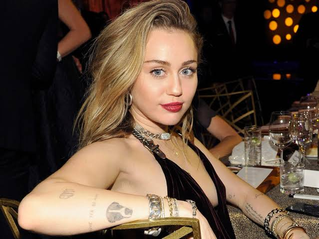 Miley Cyrus Mothers's Daughter
