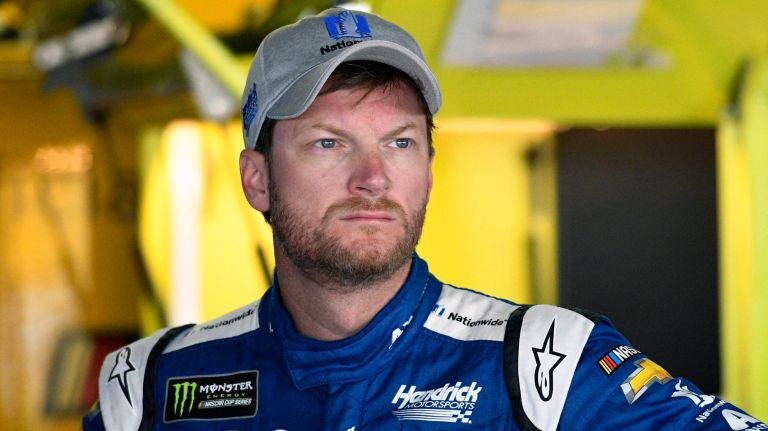 Photo of Dale Earnhardt Jr. & Family Survive Plane Crash In Tennessee
