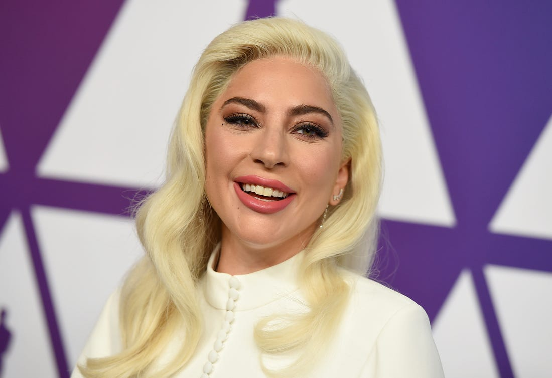Photo of Lady Gaga Postpones Album Release Amid Coronavirus Pandemic